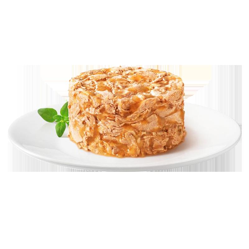 عکس محتویات کنسرو غذای گربه گورمت مدل Gold Chicken Savoury Cake وزن ۸۵ گرم