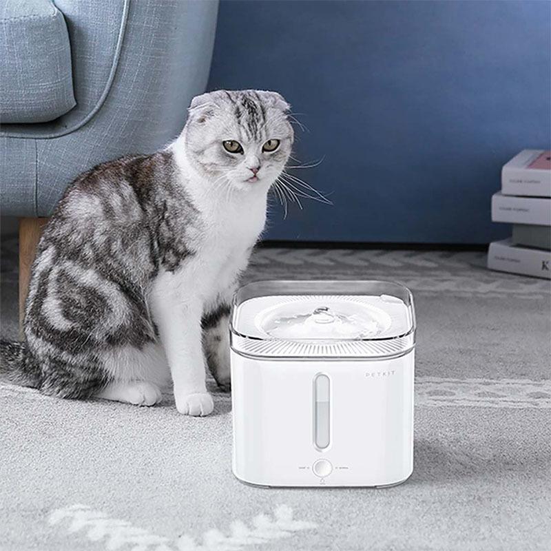 عکی تبلیغات ظرف آب اتوماتیک حیوانات خانگی شیائومی مدل Fountain 2S