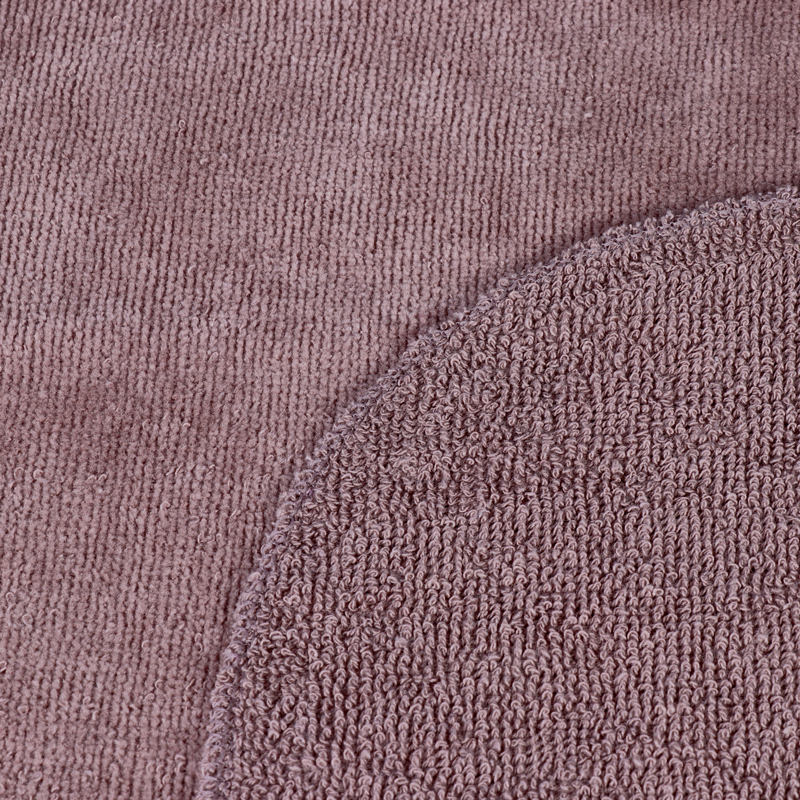 عکس بافت حوله بدن سویل پت مدل ساده رنگ قهوه ای